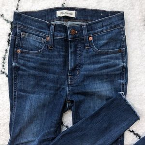 "9"" Mid-Rise Skinny Jeans: Raw-Hem Edition"